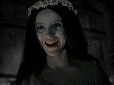 Наталья Варлей в образе панночки